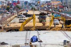 Costruzione delle strade per migliorare viaggio e dissotterrare il seminterrato a Pattaya in Tailandia nel 2016 Immagine Stock Libera da Diritti