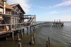 Costruzione dello Stilt e vecchio bacino, tasto del cedro, Florida fotografia stock libera da diritti