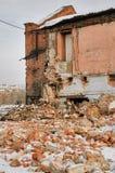Costruzione demolita della fabbrica in Tjumen' Fotografia Stock