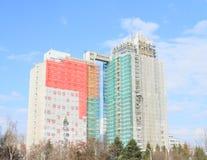 Costruzione di alta casa prefabbricata Fotografia Stock