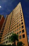 Costruzione di appartamenti moderna Fotografia Stock Libera da Diritti