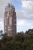 Costruzione di appartamento alta Immagini Stock Libere da Diritti