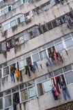 Costruzione di appartamento decomposta nelle periferie di Shenzhen, Cina fotografia stock libera da diritti