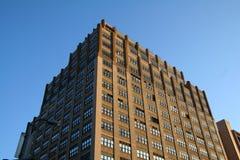 Costruzione di appartamento del Brown Fotografie Stock Libere da Diritti