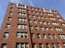 Costruzione di appartamento del mattone rosso Fotografia Stock