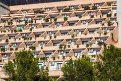 Costruzione di appartamento di festa e terrazzo del sole nell'isola di Ibiza, Spai fotografia stock libera da diritti
