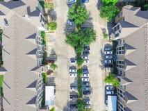 Costruzione di appartamento multilivelli tipica di vista aerea in U.S.A. Fotografia Stock Libera da Diritti