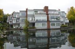 Costruzione di appartamento operata Fotografie Stock