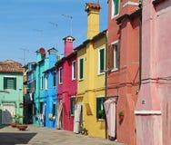 Costruzione di appartamento variopinta in Burano, Venezia, Italia Fotografia Stock Libera da Diritti