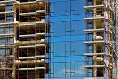 Costruzione di edifici di vetro Immagini Stock