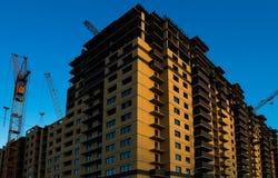 Costruzione di grattacielo di appartamento immagine stock libera da diritti
