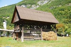 Costruzione di memoria slovena del fieno e di legno Fotografie Stock Libere da Diritti