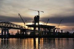 Costruzione di ponte al tramonto Immagine Stock Libera da Diritti
