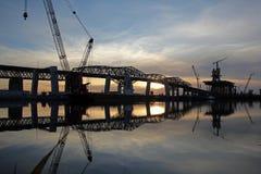 Costruzione di ponte al tramonto Fotografia Stock Libera da Diritti