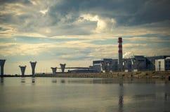 Costruzione di ponte di sostegno nel golfo di Finlandia Fotografia Stock Libera da Diritti