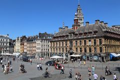 Costruzione di scambio del fondo antico a Lille, Francia Fotografia Stock