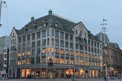 Costruzione di tuso di signora a Amsterdam fotografie stock libere da diritti
