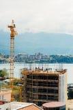 Costruzione di un edificio a più piani in Budua, Montenegro Buil Fotografia Stock