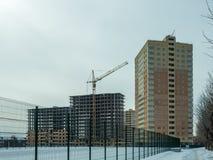 Costruzione di un edificio residenziale di palazzo multipiano moderno Immagine Stock Libera da Diritti