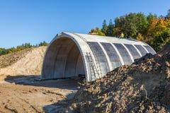 Costruzione di un tunnel sulla linea ferroviaria Fotografia Stock