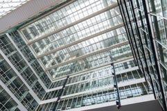 Costruzione di vetro del grattacielo Fotografie Stock Libere da Diritti