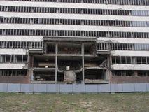 Costruzione distrutta dalla NATO a Belgrado, Serbia fotografie stock
