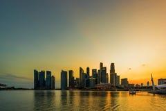 Costruzione finanziaria di paesaggio urbano di Singapore fotografie stock libere da diritti
