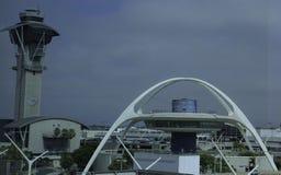 Costruzione iconica di era spaziale all'aeroporto internazionale di Los Angeles Immagini Stock Libere da Diritti