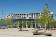 Costruzione industriale ed urbana nel distretto moderno 5 della città a Zurigo, Svizzera Fotografia Stock