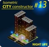 Costruzione isometrica moderna nella luce notturna Fotografie Stock