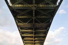 Costruzione metallica del ponte immagine stock