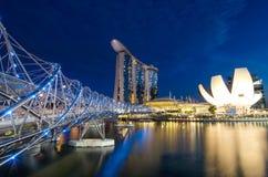 Costruzione moderna di paesaggio urbano di Singapore intorno a Marina Bay Immagine Stock