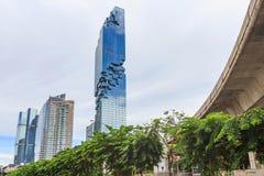 Costruzione moderna di stile della torre di Mahanakorn Immagine Stock