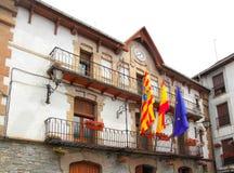 Costruzione Pyrenees della facciata del consiglio di città di Anso Immagini Stock
