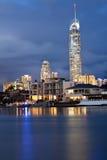 Costruzione Q1 in Gold Coast alla notte Fotografia Stock