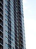 Costruzione residente dell'alta di aumento di stile contemporaneo stanza moderna del condominio Fotografia Stock