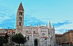 Costruzione storica della chiesa dell'Antigua della La di Valladolid Immagini Stock