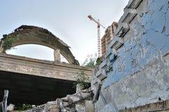 Costruzione sulle rovine Fotografia Stock