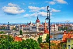 Costruzione ungherese del Parlamento a Budapest fotografia stock