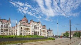 Costruzione ungherese del Parlamento nella città di Budapest, Ungheria, lasso di tempo archivi video
