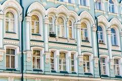 Costruzione in via di Ilyinka, Mosca, Russia fotografia stock