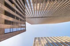 Costruzioni alte della città Ufficio e concetto di affari Fotografie Stock Libere da Diritti