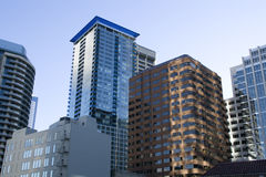 Costruzioni commerciali a Seattle del centro Immagine Stock