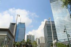 Costruzioni corporative di BGC in cielo blu BGC Bonfacio forte, Filippine Immagini Stock