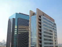 Costruzioni corporative moderne Immagini Stock Libere da Diritti