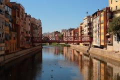 Costruzioni del fiume di Girona Fotografie Stock