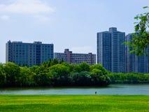 Costruzioni di appartamenti moderne a Shanghai Fotografie Stock Libere da Diritti
