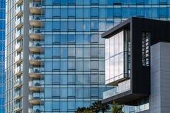Costruzioni di appartamento moderne Fotografia Stock