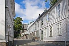 Costruzioni di legno bianche storiche a Stavanger Fotografie Stock