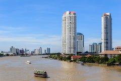 Costruzioni di lungomare a Bangkok, Tailandia. Fotografia Stock